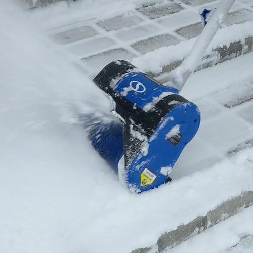 24V-SS10-XR cordless snow shovel