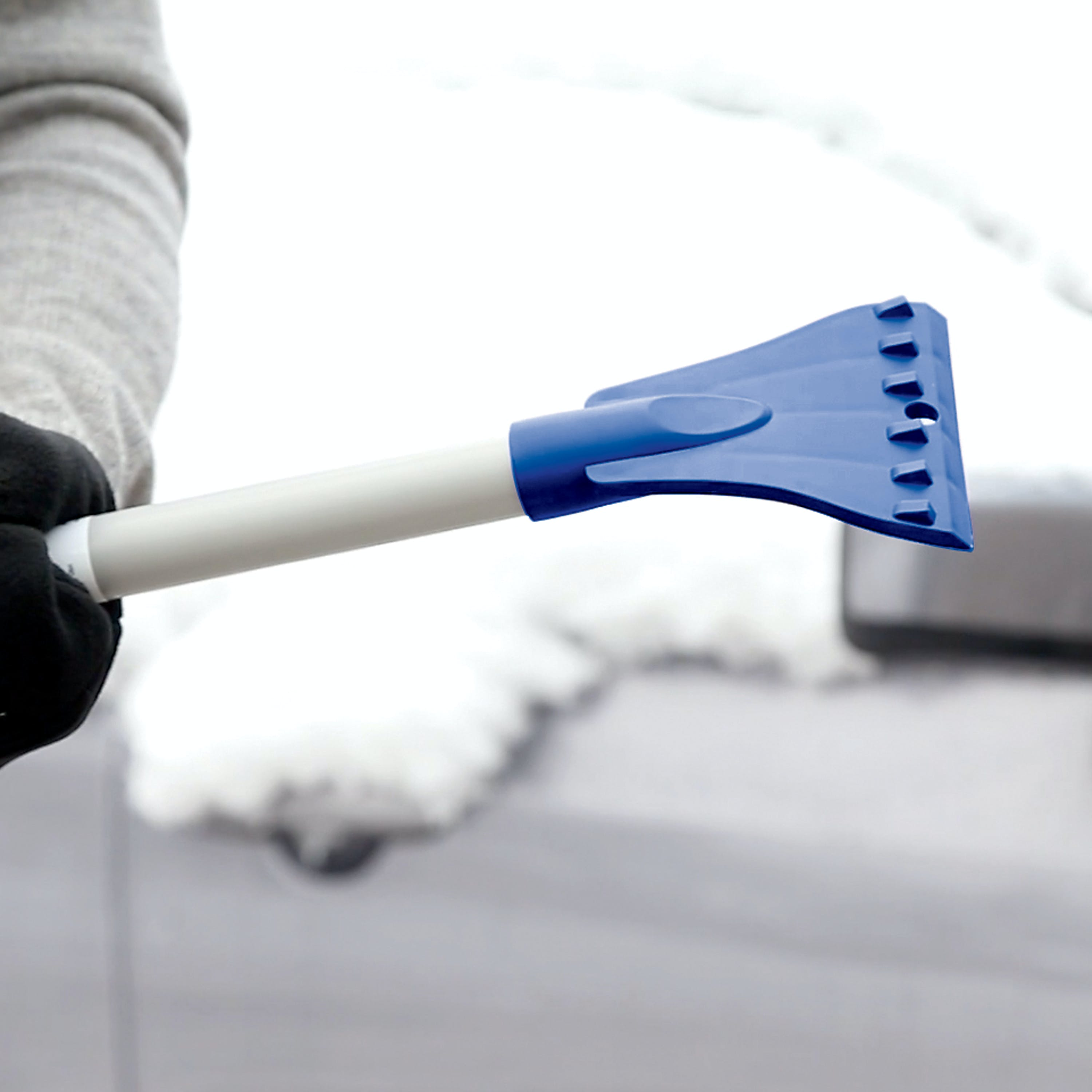 Blue /& Black Extendable Snow Broom with Foam Grip Suitable for Small Car SUPERJARE Telescoping Snow Brush with Integrated Ice Scraper /& Squeegee Head